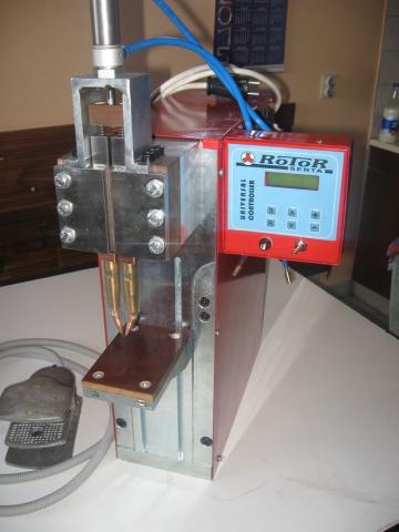 Punkt aparat vm 5 za zavarivanje baterije verzija 2
